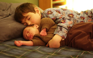 Ребенок 5 лет потеет во сне
