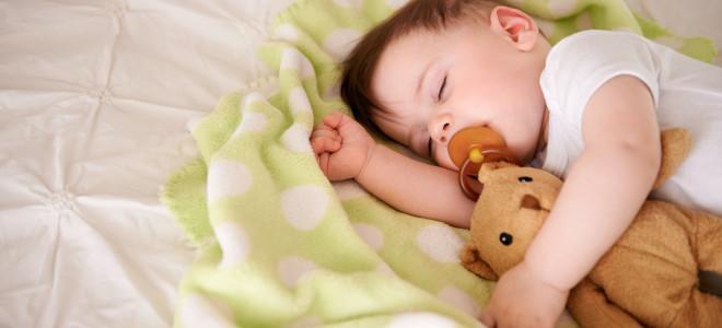 Ребенок в 8 месяцев плохо спит ночью