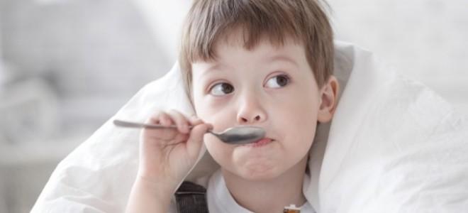 Почему ребенок кашляет по ночам, а днем — нет?