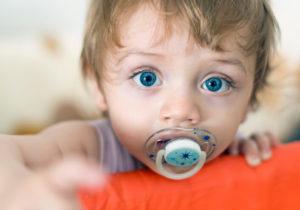 Как отучить ребёнка от пустышки?
