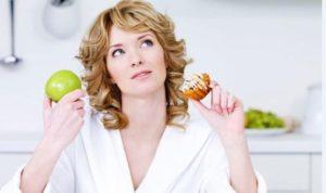 Можно ли есть яблоки при грудном вскармливании?