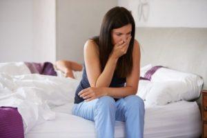 На какой неделе беременности начинает тошнить?